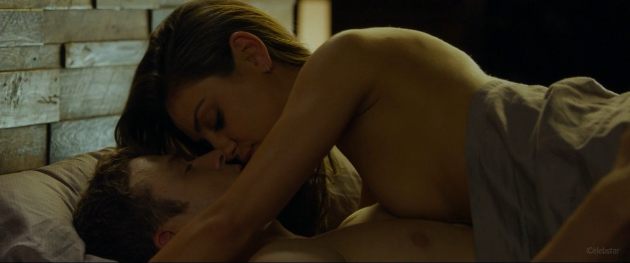 friends with benefits movie sexy lady